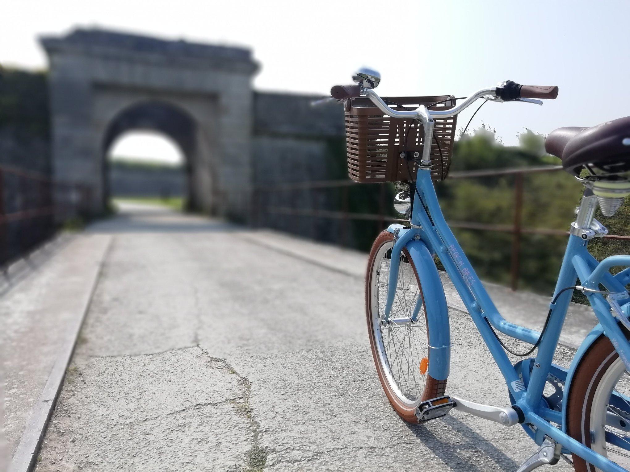 Beach Bikes Le Chateau