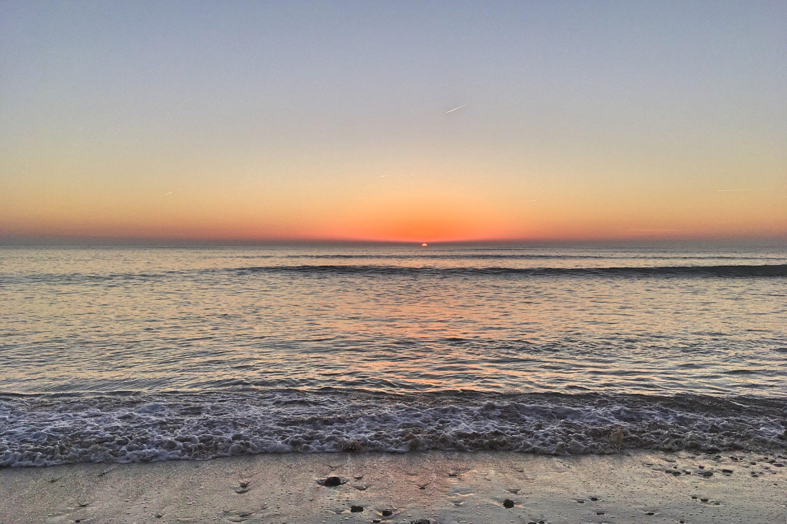 plage la couarde sur mer coucher de soleil